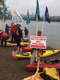 Albany Flotilla w Pilgrim sign May 13 2016